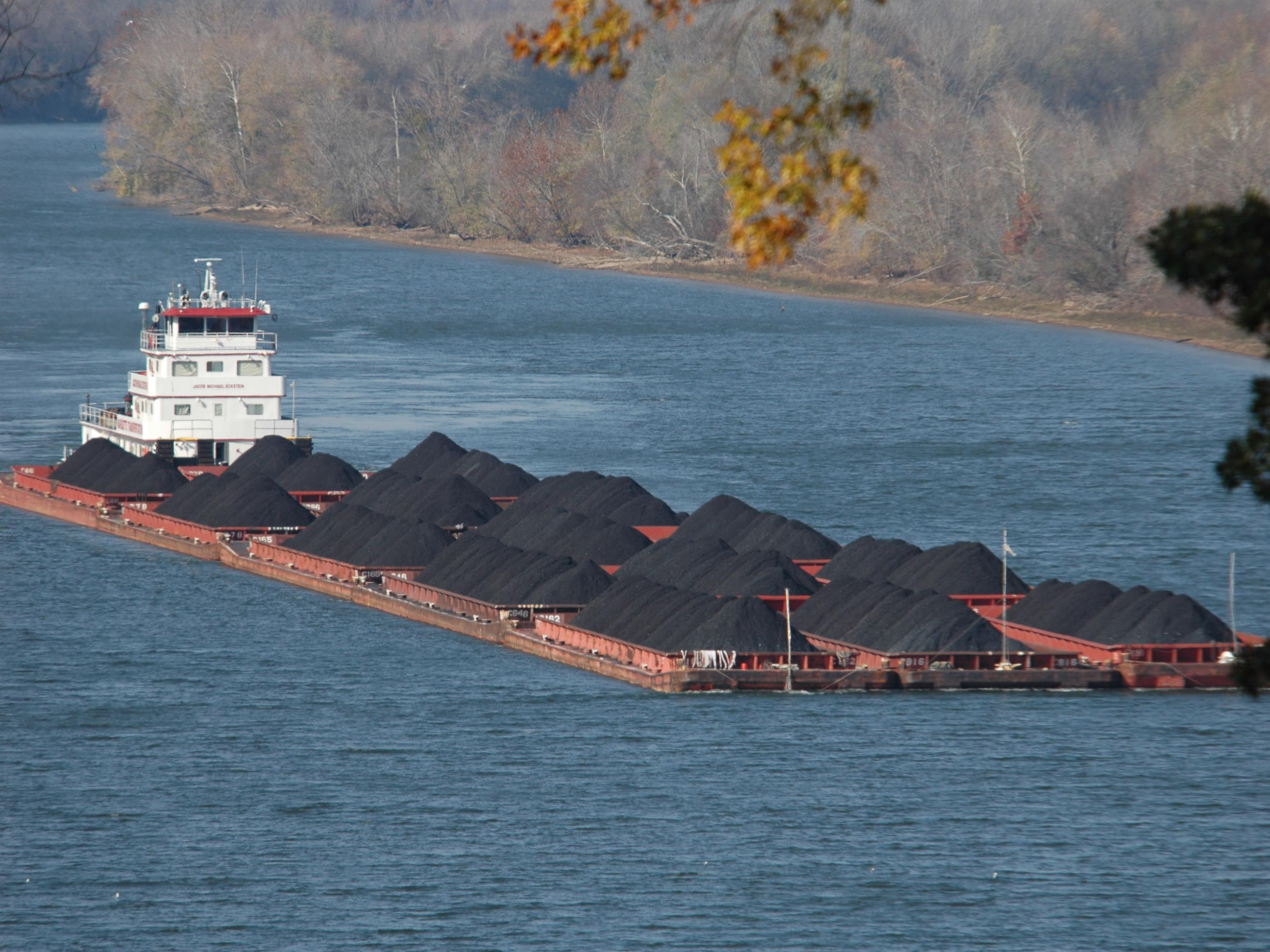 River Towing and Barge Affreightment | Marquette Transportation Company